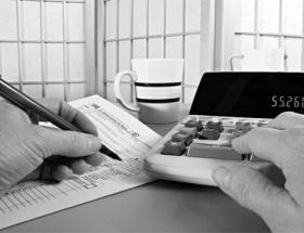 Akaryakıt vergileri bütçenin ilacı