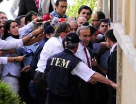 Hanefi Avcıya Ergenekon tutuklaması!