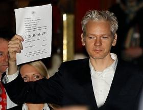 Assangeı da sızdırdılar