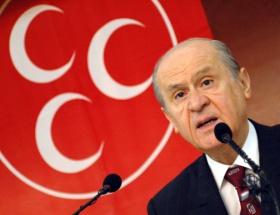 AKP kararlara saygı duymalı