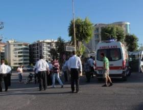 Yolcu otobüsü motosiklet çarpıştı