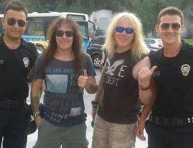 Iron Maiden hayranları çok kızdı