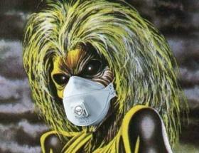 Iron Maidena gaz maskeleriyle eşlik edecekler