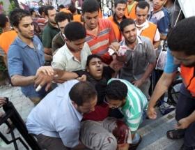 Sahra hastanesine çok sayıda yaralı getirildi