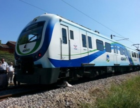 Trenin çarptığı bisikletli öldü