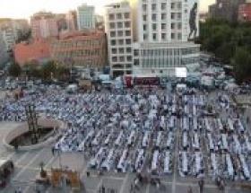 Polisten Diyarbakırlılara iftar