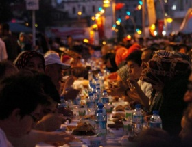 15 bin kişilik iftar