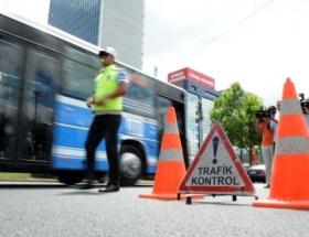 İstanbul Etilerde yol çöktü