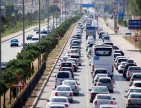 Afyondan geçen araç sayısı 200 bini aştı