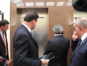 Bursanın yeni valisine asansör sürprizi