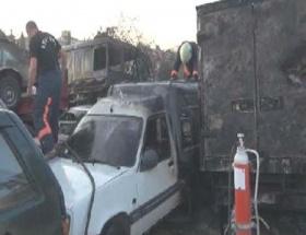Üsküdarda arazide çıkan yangın otoparka sıçradı