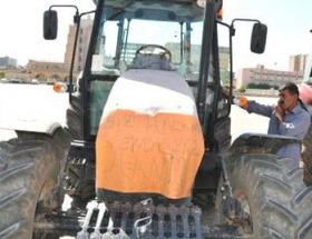Çiftçilerden elektrik kesintisi tepkisi