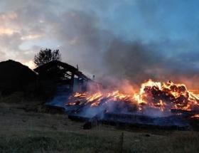 Ayrıldığı eşinin köyünü yaktı