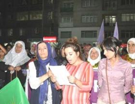 Hakkaride Suriyeye destek yürüyüşü