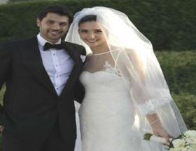 Naz Aydemir ve Cenk Akyol evlendi