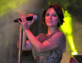 Zara, İncir Festivalinde konser verdi