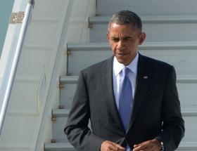 Obama, askerî törenle karşıladı