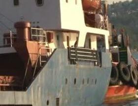 Beykozda gemiyi kurtarma çalışmaları sürüyor