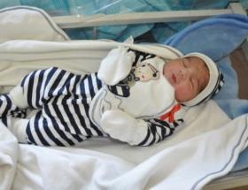 Bebek hayalleri 18 yıl sonra tüp bebekle gerçek oldu