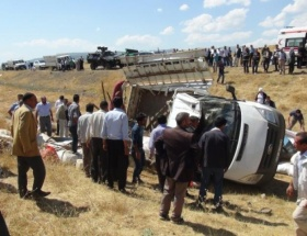 Bingölde trafik kazası: 1 ölü, 5 yaralı