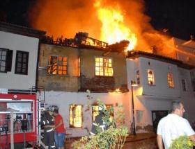 Antalyada korkutan yangın!