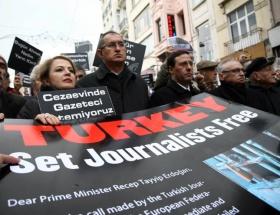 Tutuklu gazeteciler için eylem!