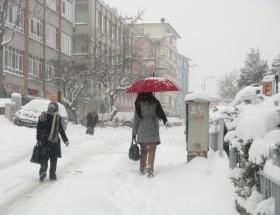 Bursada eğitime kar engeli