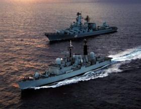 Füze gemileri Türkiye yolunda