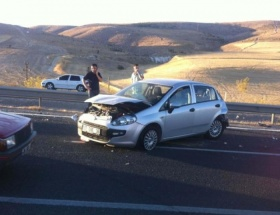 Sidede trafik kazası: 2 ölü