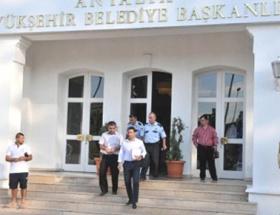 Antalya Büyükşehir Belediyesine yine haciz