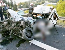 Otomobille TIR çarpıştı: 1 ölü