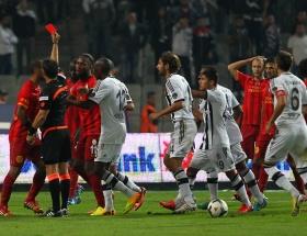 Galatasaray cephesi Meloyu savundu!