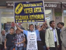 Evlenmek için Ankaranın yolunu tuttu