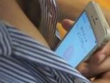 iPhone 5Si göğüs uçlarıyla açtılar