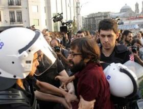 Taksimde arbede: 13 gözaltı