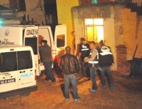 4 çocuk annesi bıçaklanarak öldürüldü