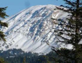 Ilgaz Dağı beyaza büründü