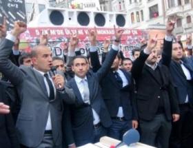 Galatasarayda Andımız protestosu