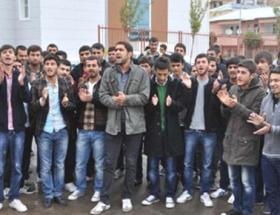 Öğrencilerden yemek zammı protestosu