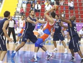 Anadolu Efes 84-71 Mersin Büyükşehir Belediyespor