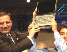 29 bin 507 öğrenciye tablet bilgisayar