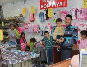 Suriyeli çocukların bayramlık sevinci