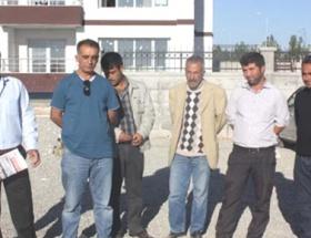 Hastane inşaatında işçi eylemi