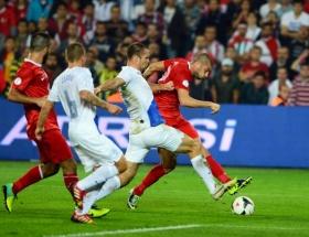 Türkiye Hollanda maçı 0-2 özeti