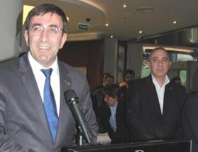 Bakan Yılmaz, İzmirde otel açılışı yaptı