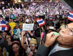 Taylanddan 32 ülke vatandaşına seyahat uyarısı