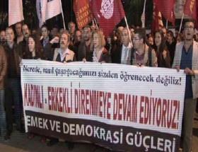 Galatasarayda kadınlı erkekli protesto