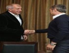 Yıldırım, Yanal ve Obradovic yemekte buluştu