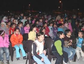 Suriyeli mültecilerin film keyfi