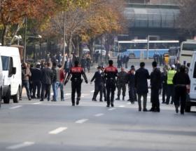 Başbakanlık önünde canlı bomba alarmı
